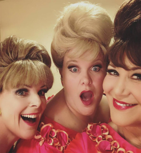 The Fabulous Singlettes ~ mega girl vocal group. Sounds of the sixties.